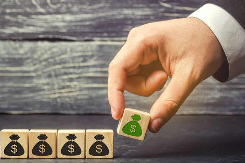 Quanto rende uma carta de crédito contemplada?